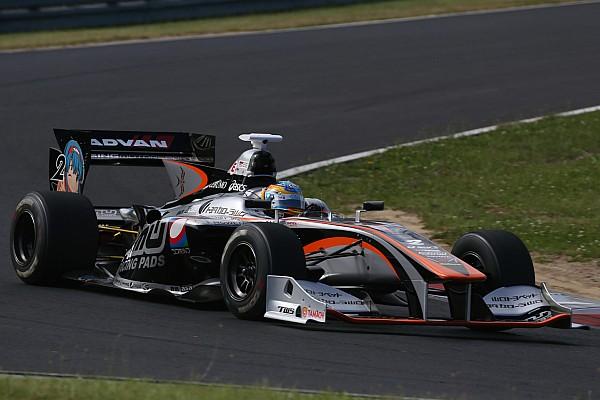 Ишиура выиграл гонку Суперформулы в Фудзи, Лоттерер третий