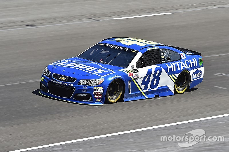 Jimmie Johnson takes Texas win over Larson and Logano