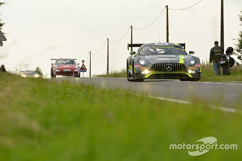 GT3 cars set for Bathurst street tour