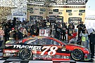 NASCAR Cup Martin Truex se lleva una emotiva victoria de Kansas
