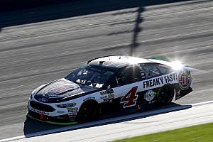 Monster Energy NASCAR Cup Yarış raporu Teksas zaferi geç gelen geçişle Harvick'in oldu
