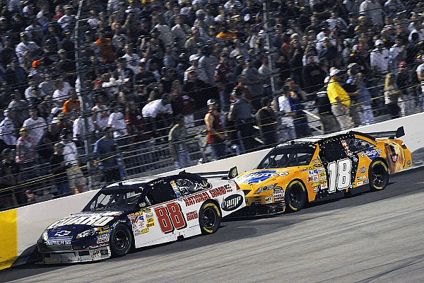 Five of the most memorable NASCAR Cup finishes at Richmond