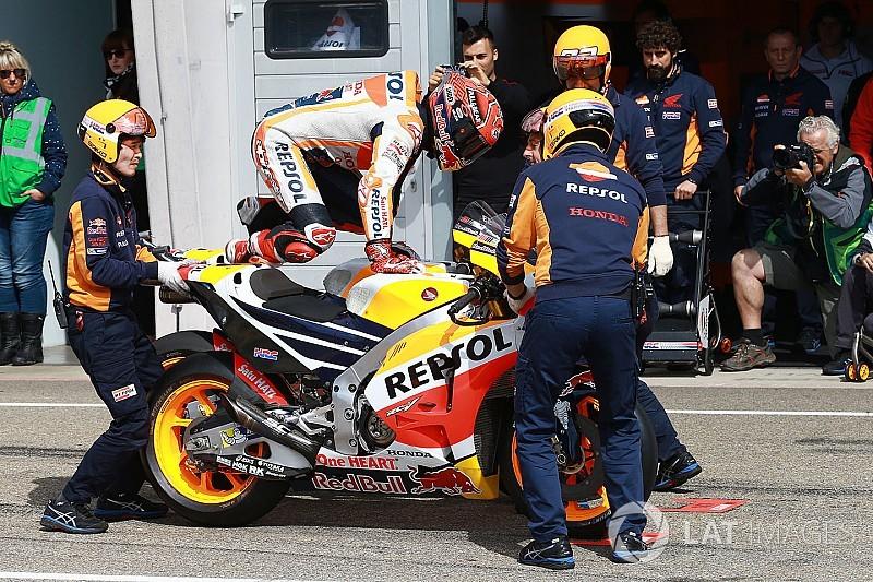 Márquez y Pedrosa prueban un nuevo chasis en Brno