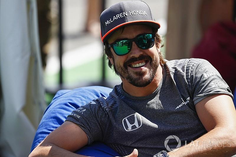 """Alonso dice que su temporada está siendo """"fantástica"""""""