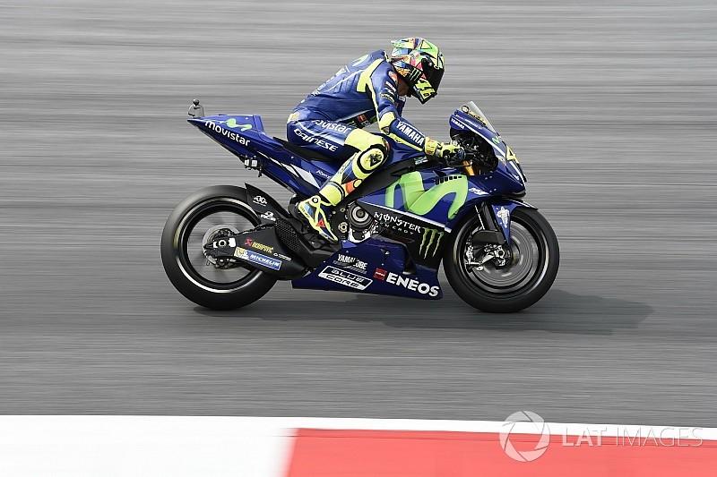 Rossi y Viñales prueban la goma trasera en Misano