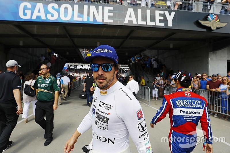 """Alonso'dan IndyCar'a geçiş'e cevap: """"Neden olmasın?"""""""