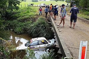 WRC Важливі новини Ралі Австралія: машина затонула після страшної аварії