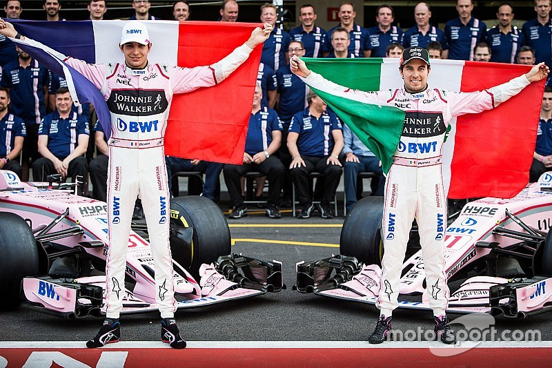 Officieel: Force India lanceert VJM11 in pitstraat Barcelona