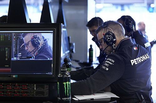 "F1 staff will find remote working ""phenomenally difficult"""
