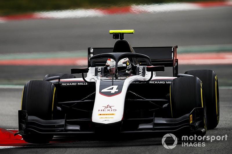 Де Врис опередил соперников на тестах Формулы 2 в Барселоне