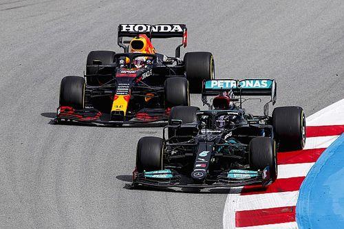 """Brown: """"Kwestie van tijd"""" voordat Verstappen en Hamilton crashen"""