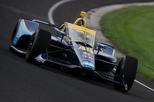 Johnson, más cerca de hacer toda la temporada de IndyCar en 2022
