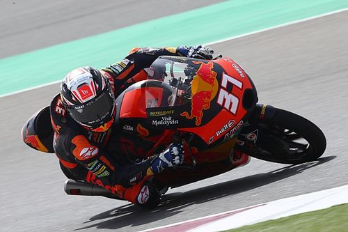 ¿Quién es Pedro Acosta, el rookie que brilla en Moto3?