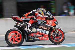 WorldSBK 2018: Bleibt Ducati mit Panigale V4 der Einarmschwinge treu?