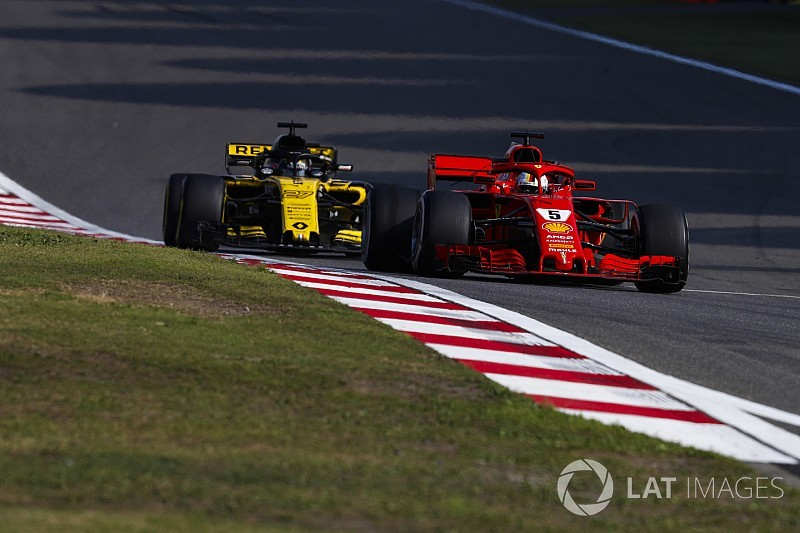 """""""Disappointed"""" Renault feels outsmarted by F1's top teams"""