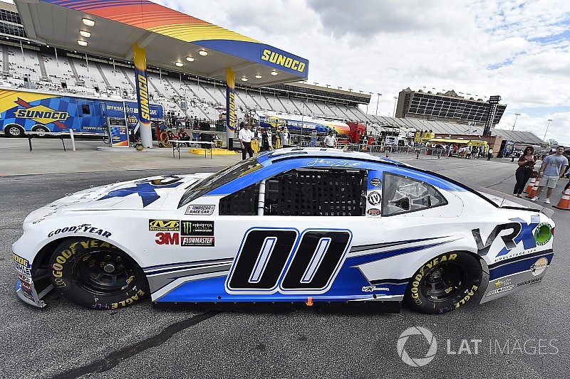 Jeffrey Earnhardt and StarCom Racing part ways