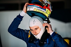 Юніор Williams дебютує в перегонах GT