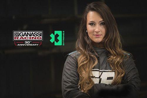 Sara Price pierwszym kierowcą