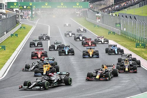 "Verstappen rues ""freak moments"" that cost him F1 points lead"