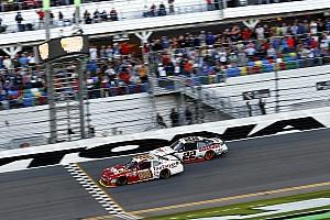 NASCAR Xfinity Rennbericht Xfinity: Chase Elliott gewinnt Generalprobe in Daytona