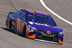 NASCAR Sprint Cup Crónica de entrenamientos Hamlin lidera la segunda práctica en Homestead y Suárez en 11°