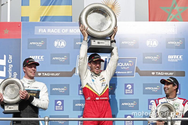 Podium: Race winner Esteban Guerrieri, Campos Racing, Chevrolet RML Cruze TC1, second place Thed Björk, Polestar Cyan Racing, Volvo S60 Polestar TC1. third place Mehdi Bennani, Sébastien Loeb Racing, Citroën C-Elysée WTCC