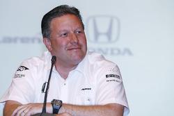 Исполнительный директор McLaren Technology Group Зак Браун на пресс-конференции, посвященной участию Фернандо Алонсо в «Инди-500»