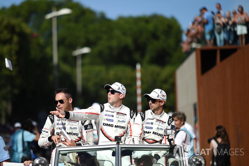 16. Andre Lotterer, Nick Tandy, Neel Jani, Porsche Team