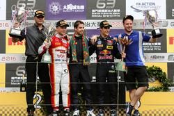 Podium: Race winner António Felix da Costa, Carlin Dallara Volkswagen; second place Felix Rosenqvist, SJM Theodore Racing by Prema Dallara Mercedes; Sérgio Sette Camara, Carlin Dallara Volkswagen