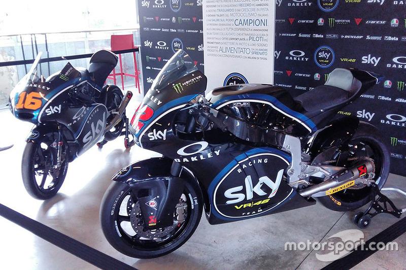 Moto3 la moto de Andrea Migno y Moto2 la moto de Francesco Bagnaia