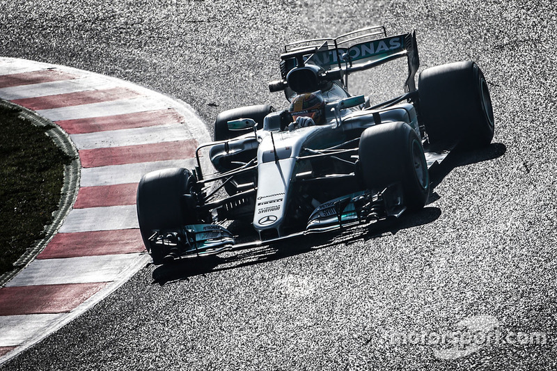 4º Lewis Hamilton, Mercedes AMG F1 W08, 1m19.352s (ultrablandos)