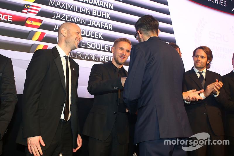 2016 Copa Endurance todos los pilotos, Côme Ledogar, Rob Bell, campeón
