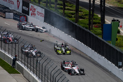 Will Power, Team Penske Chevrolet, Charlie Kimball, Chip Ganassi Racing Honda, crash