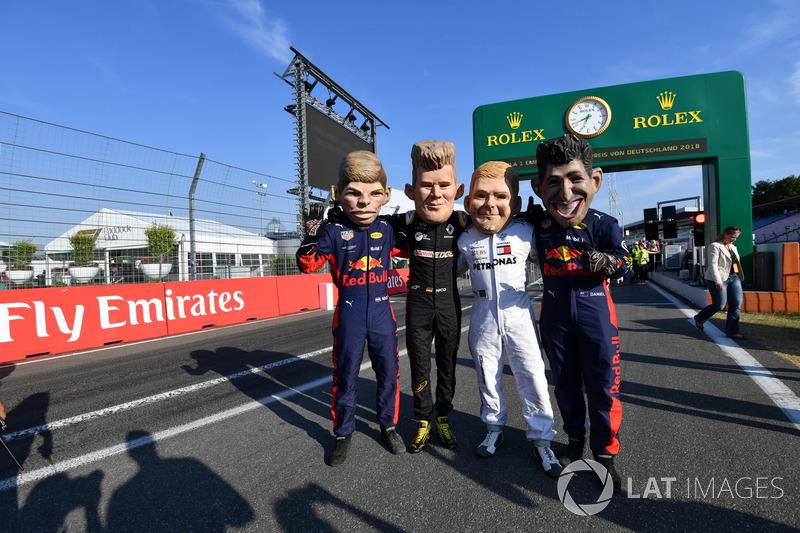 Max Verstappen, Red Bull Racing, Nico Hulkenberg, Renault Sport F1 Team, Valtteri Bottas, Mercedes-AMG F1 y Daniel Ricciardo, Red Bull Racing botargas