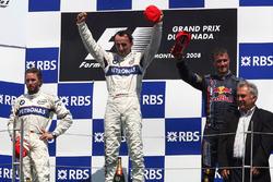 Подіум: переможець гонки Роберт Кубіца, BMW Sauber F1, Нік Хайдфельд, BMW Sauber F1, Девід Култхард