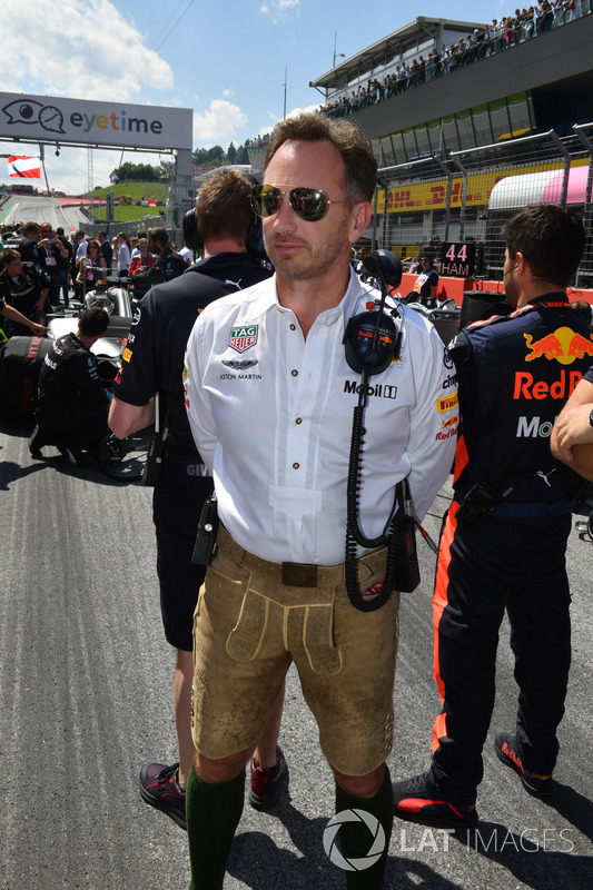 Christian Horner, Team Principal, Red Bull Racing, in griglia