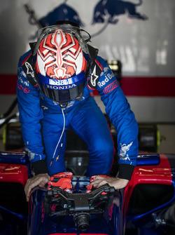 Marc Márquez drives a Toro Rosso F1