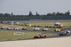 Lucas Auer, Mercedes-AMG Team HWA, Mercedes-AMG C63 DTM leads