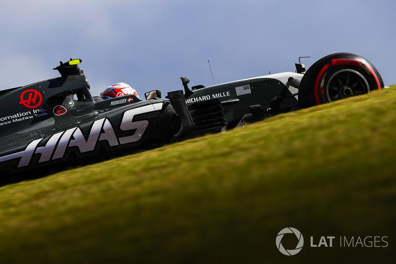 14. Кевін Магнуссен, Haas F1 Team VF-17 - 15
