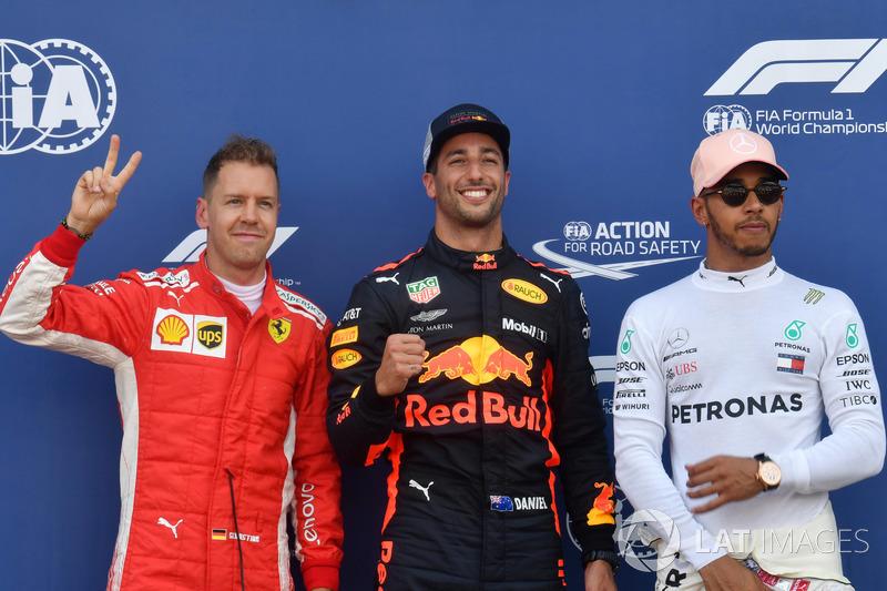 Sebastian Vettel, Ferrari, il poleman Daniel Ricciardo, Red Bull Racing e Lewis Hamilton, Mercedes-AMG F1