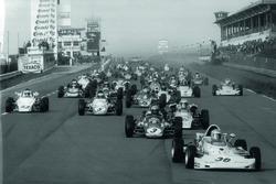 Starten Rennen Formel Super V am Nürburgring