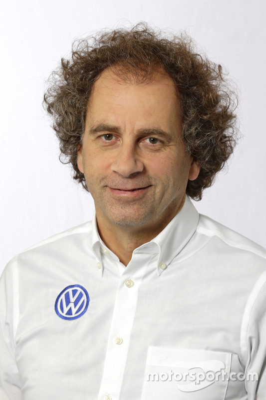 Dr. Donatus Wichelhaus, Volkswagen Motorsport, Motorenchef
