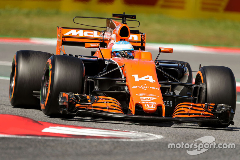 Fernando Alonso, McLaren MCL32 at Spanish GP