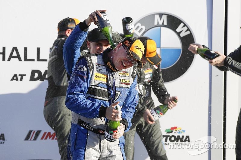 Podio GS: ganador de la carrera Cameron Cassels, Trent Hindman, Bodymotion Racing, segundo lugar Mar