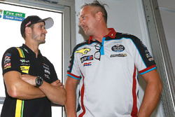 Thomas Luthi, Michael Bartholemy, director de Estrella Galicia 0,0 Marc VDS Team