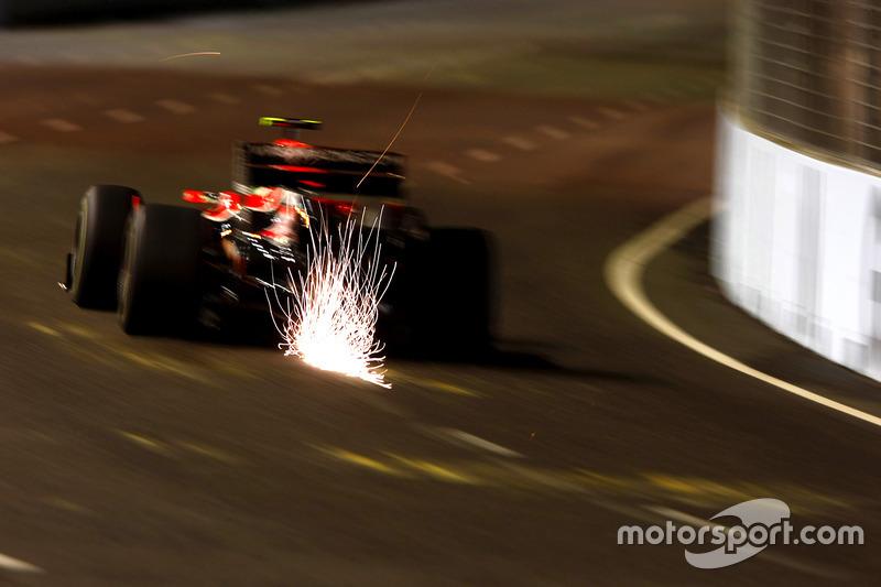 Формула 1. Гран При Сингапура, Лукас ди Грасси, 2010 год