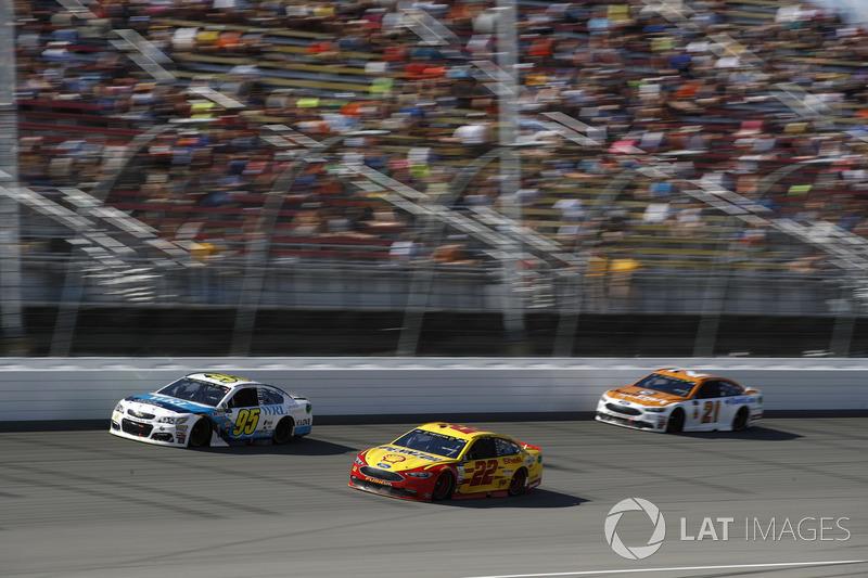 Michael McDowell, Leavine Family Racing Chevrolet Joey Logano, Team Penske Ford