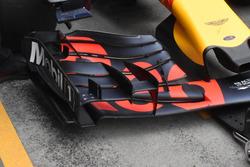 Max Verstappen, Red Bull Racing RB13, ala anteriore