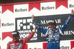 Podyum: 2. Ayrton Senna, McLaren Honda ve yarış galibi Thierry Boutsen, Williams Renault