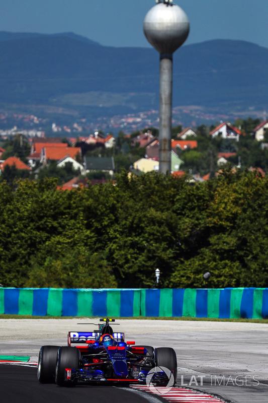 Карлос Сайнс-молодший, Scuderia Toro Rosso STR12
